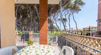 Vacanze a Follonica – Piano Terra 2 Camere 20 Metri dal Mare